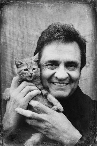 Johnny Cash (& kitten) lock screen