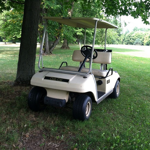 Abandoned cart in the middle of the course?? #golf