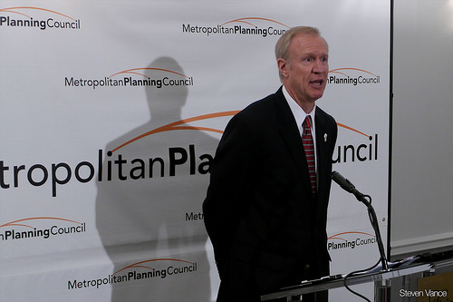 Rich guy Bruce Rauner running for Illinois governor